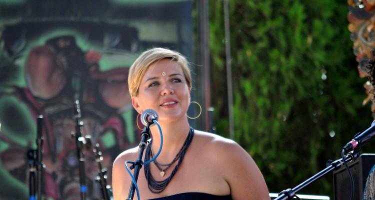Christine Marie Mason Sings at Bhaktifest 2012